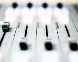 Bem-vindos à Rádio Vibração